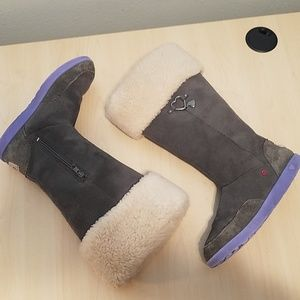 Ugg Gray I Heart Striped  boots 1010015 size 5